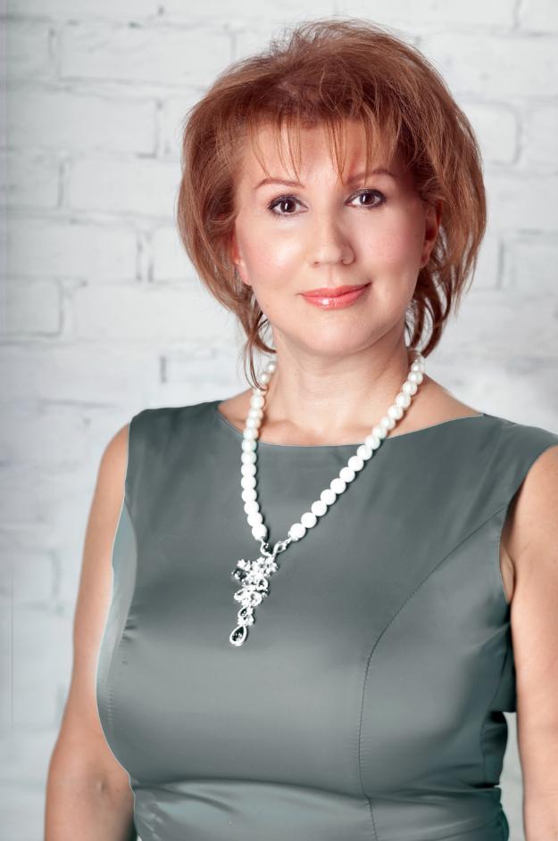 Елена Путилина расскажет о 4-х путях построения успешной карьеры в процессе серии летних мастер-классов
