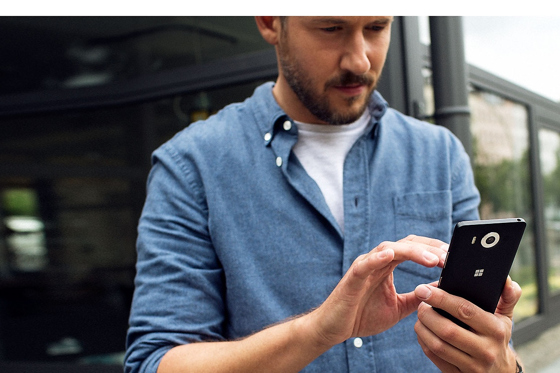 Флагманы Microsoft Lumia 950 и Lumia 950 XL - 2500 предзаказов за первые 12 часов.