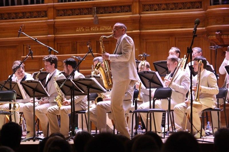 Джейми ДЭВИС - шоколадный баритон и Биг-бенд Георгия ГАРАНЯНА на Джаз в Доме Кино 22 ноября 2014.