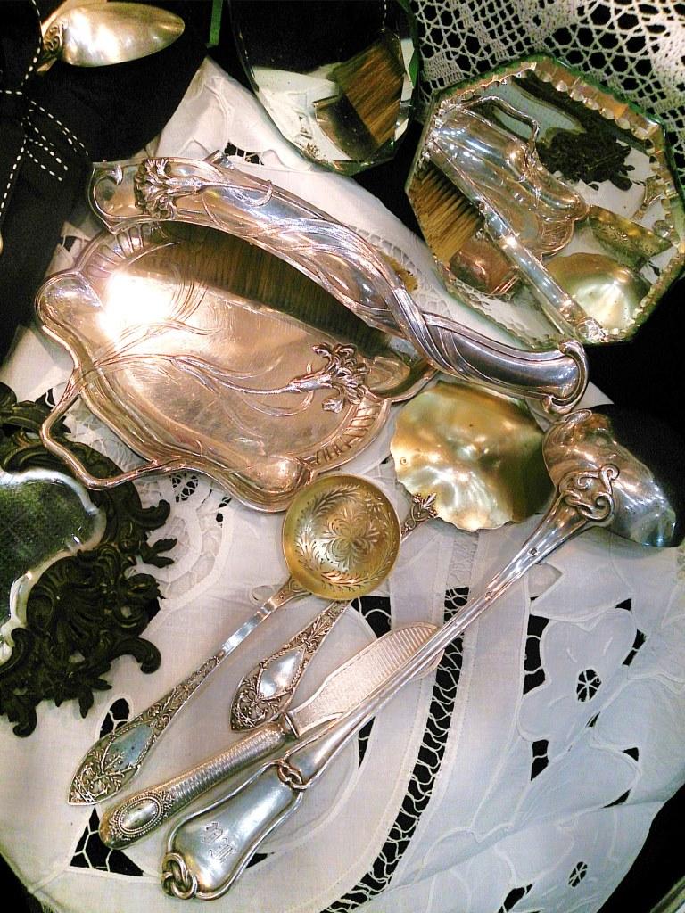 Сезон охоты за сокровищами открыт ? Антикварная суббота и Винтажное воскресенье на IX Ретро-маркете « Блошинка» ждут гостей!