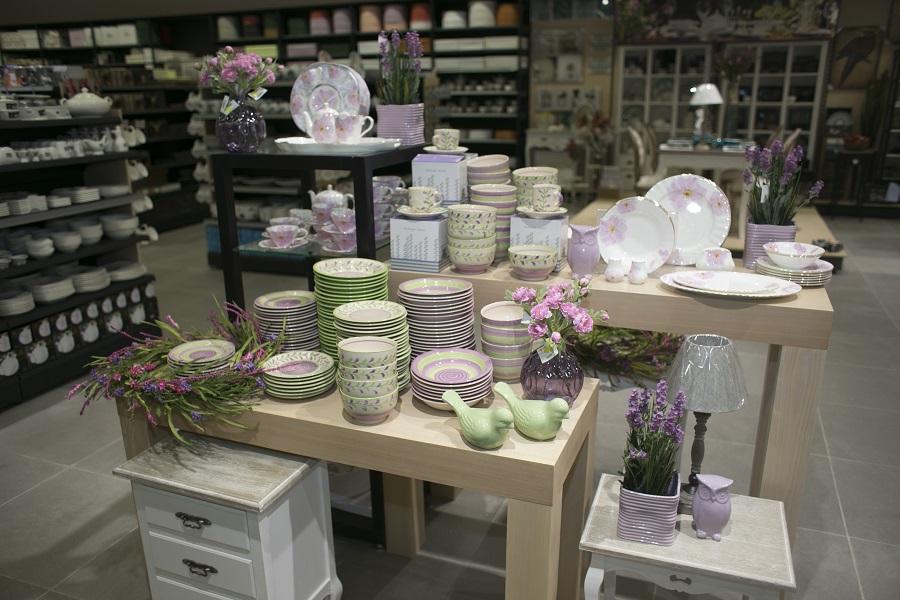« Уютерра» открыла реконструированный магазин в СТЦ Белая дача