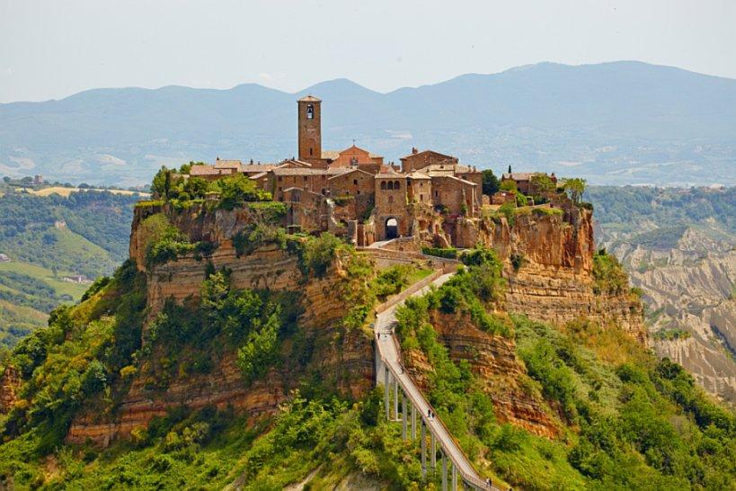 Из-за выставке « Экспо 2015» городок Чивита ди Баньореджо станет более посещаемым, чем римский Колизей в Италии