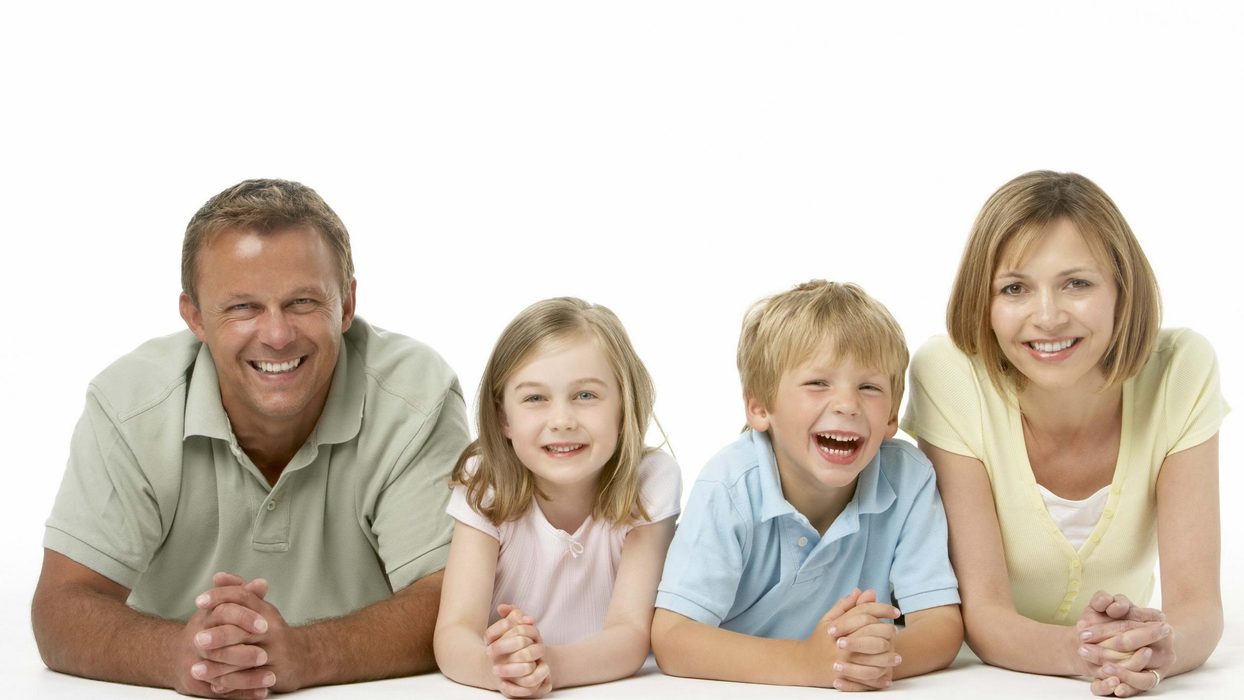 Ученые выяснили правила сохранения семьи, дружбы и партнерства